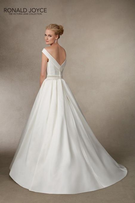 Ronald Joyce Bridal Gown 18013 Jodie Size 12