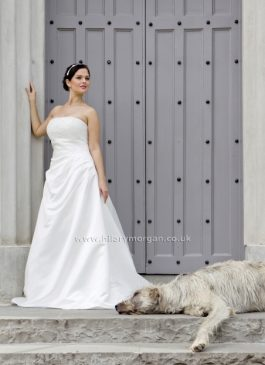 Hilary Morgan Bridal Gown 40680-Samia Size 24